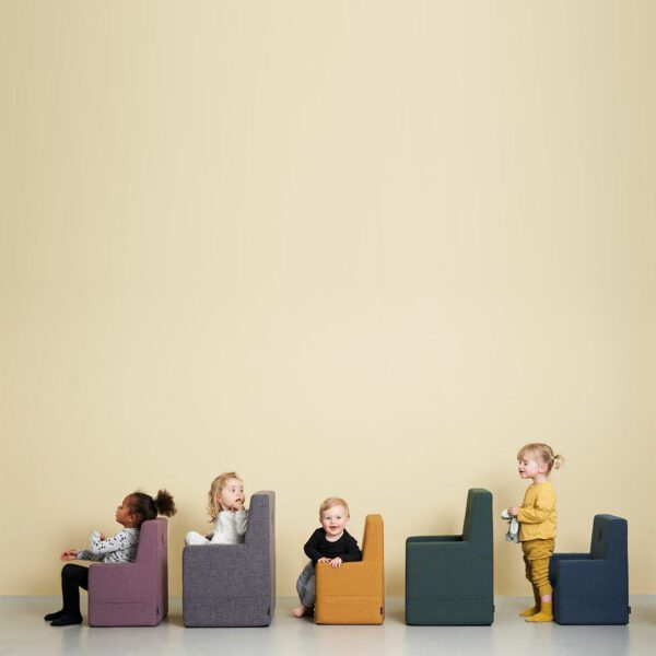 by-KlipKlap-KK-Kids-Chair-donkerblauw-3-scaled