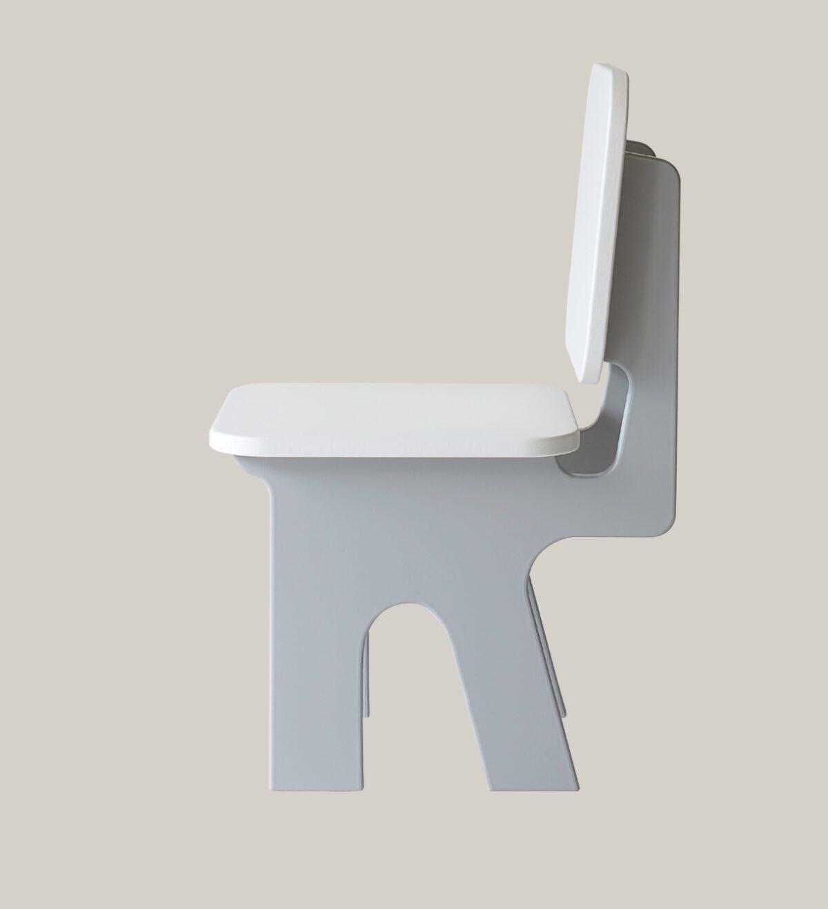 Kinderstoel Dipperdee grijs zijkant