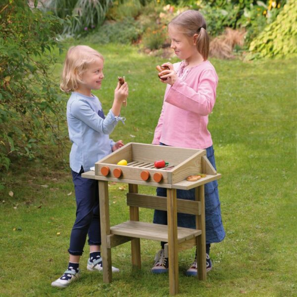 Houten buitengrill voor kinderen foto