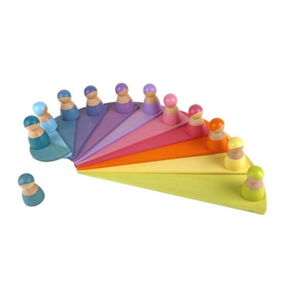 Montessori speelgoed poppetjes en waaier
