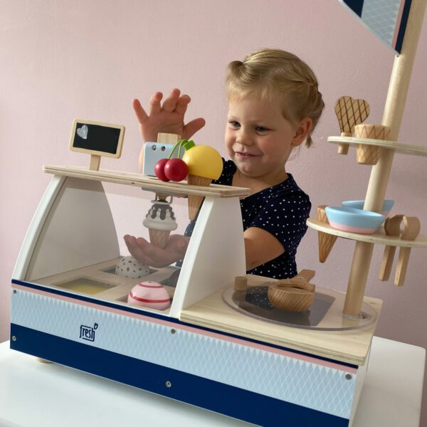 Speelgoed ijskraam hout