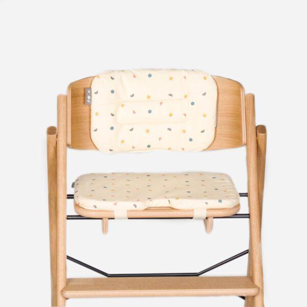 KAOS kussenset compleet ecru in stoel