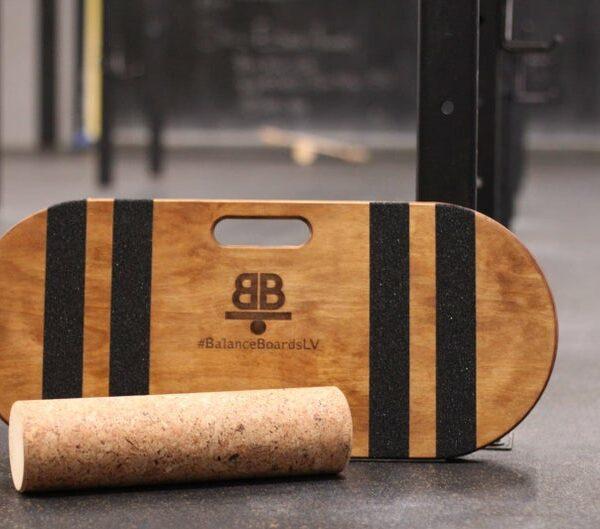 Houten balance board met kurkrol wave bruin