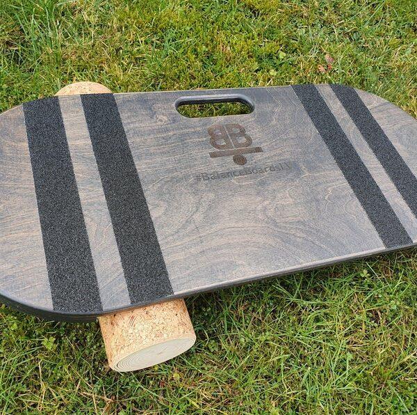 Houten balance board met kurkrol wave grijs